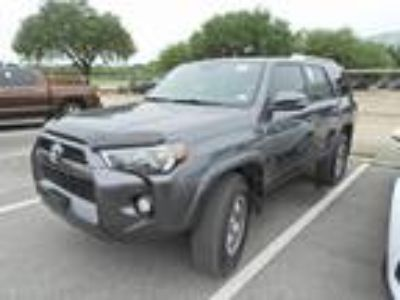 2015 Toyota 4Runner SR5 Premium Navigation, Leather, Sunroof & TRD Wheels