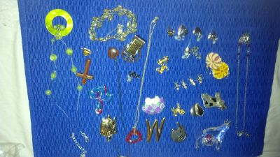 Jewelry or crafter lot