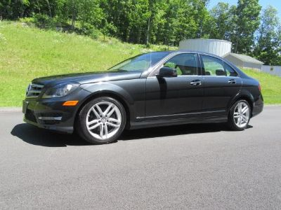 2012 Mercedes-Benz C-Class C300 4MATIC Luxury (Magnetite Black Metallic)