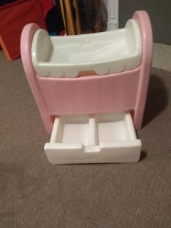 Little tikes changing table
