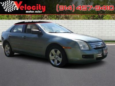 2006 Ford Fusion 4dr (Grey)