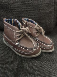 Size 5 carters