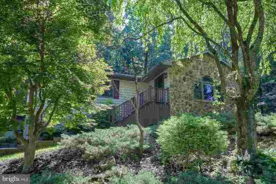 1293 Seglock Rd LITITZ Three BR, Check out this beautiful home