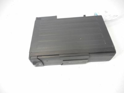 Find 02 Mercedes CL Class CL500 6 Six CD Changer Assembly w/o Magazine OEM motorcycle in Harrisburg, Pennsylvania, United States, for US $69.99