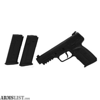 For Sale: FN Five-seveN w/3 20 Round Magazines, Adjustable Sights Black