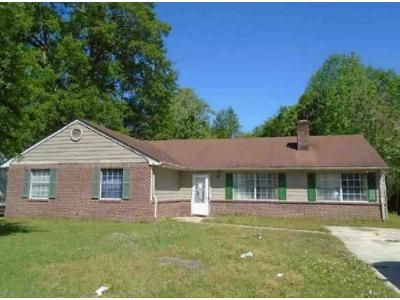 4 Bed 2 Bath Foreclosure Property in Jacksonville, NC 28540 - Spring Dr