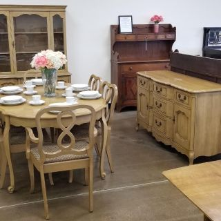 French Provincial Dining Set