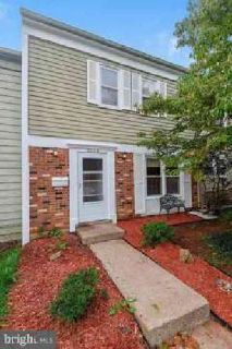 9068 Bonham Cir Manassas, Updated 2 Level town home in OLD