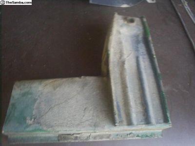 Bay Window rear shock repair section RT