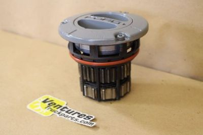 Purchase Manual Locking Hub Ford Dana Super 60 Front Axle Coil Spring Suspension 02-Up motorcycle in Ogden, Utah, United States, for US $110.00