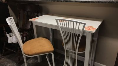 Distressed Wood Table & Chairs
