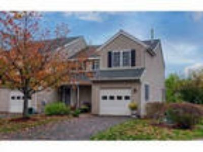 Townhouse For Sale In Fitchburg, Ma