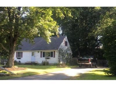 3 Bed 2 Bath Foreclosure Property in Hampden, MA 01036 - Circleview Dr