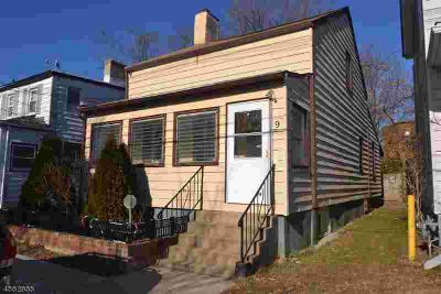 9 Henry St Morristown Three BR, Location, location!