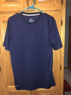 Nike dry fit new no tags