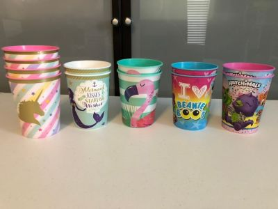 8 Party cups - Hatchimals, Beanie Boo s, Mermaid, unicorn