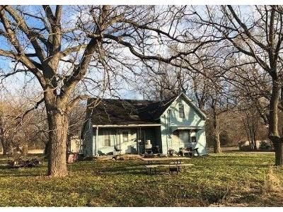 5 Bed 1 Bath Foreclosure Property in Thurman, IA 51654 - Washington St