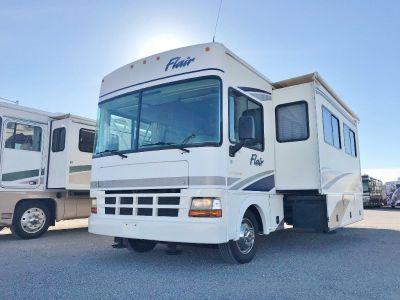 2001 Fleetwood Flair 32V