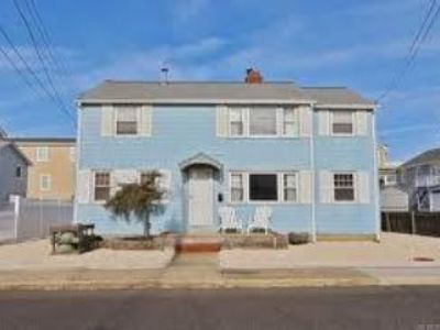 $1,300, 3br, House for rent in Beach Haven,
