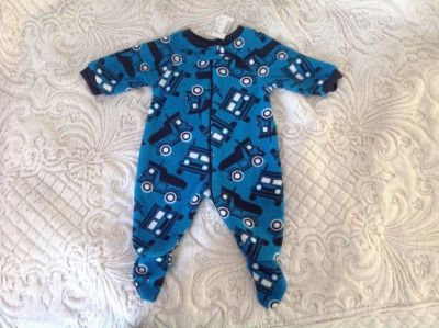 New the Children's Place Baby Boys Truck 1-Piece Fleece Sleeper, Pajama, size 3-6 months