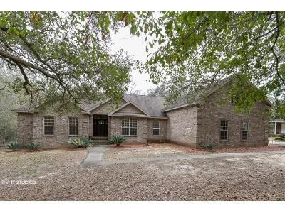 3 Bed 3.5 Bath Foreclosure Property in Irvington, AL 36544 - Beverly Rd
