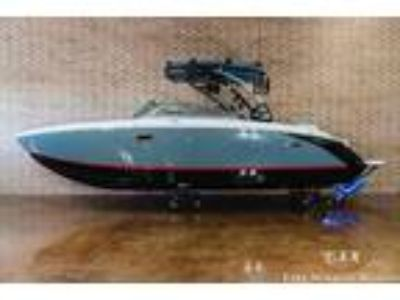 2019 Cobalt R7 Surf