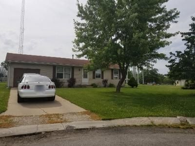 3 Bed 1 Bath Preforeclosure Property in Warren, IN 46792 - Parkview Dr