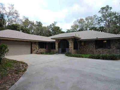 8175 25th Street Vero Beach Three BR, The country in the city!