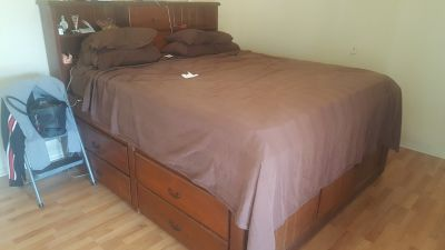 King size bed and mattress with chest of drawers