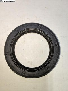 Crankshaft seal 2.1 L - German Made Goetz