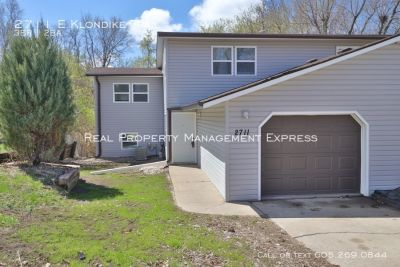 Spacious 3 Bedroom East Side Sioux Falls!