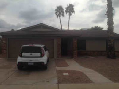 3 Bedrooms, 2 Bathrooms at 813 W Nopal Pl and