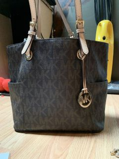 Michael Kors Wallet and Tote