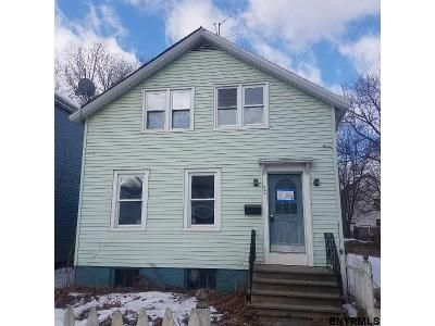 4 Bed 1.0 Bath Foreclosure Property in Troy, NY 12180 - 6th Ave