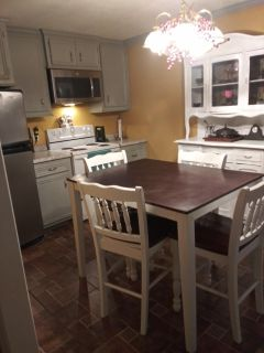 Room for rent with kitchen.