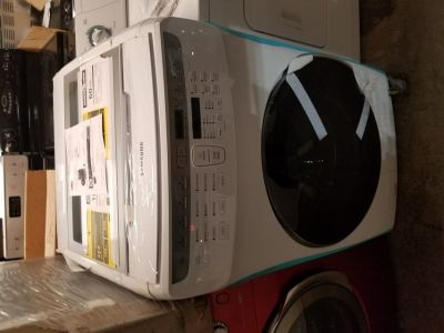 Brand new Samsung FlexWash 6-cu ft High Efficiency Front-Load Washer White 01 yr warranty/delivery