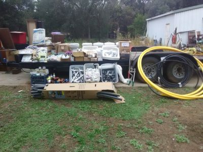 LARGE LOT OF PLUMBING MATERIALS AND SUPPLIES
