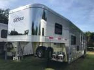 2020 Exiss 2020 Exiss Endeavor 8310 LQ Horse Trailer 3 horses