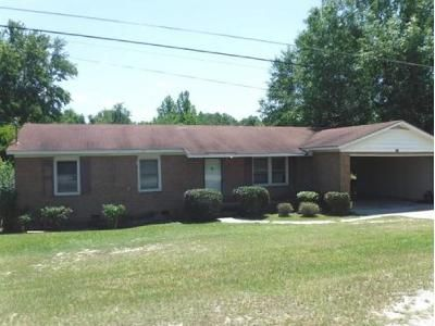 3 Bed 1 Bath Foreclosure Property in Swainsboro, GA 30401 - Robin Rd