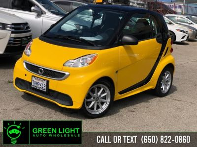 2016 smart fortwo electric drive Passion (Clear Flame Yellow)