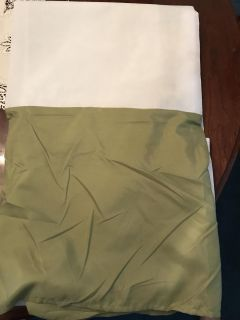 King size green bed skirt