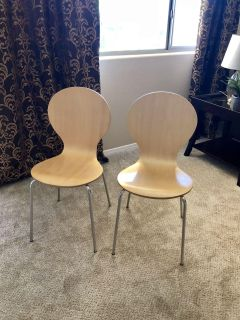 Cute wood chairs $10 a piece $20 for both