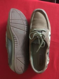 SPERRY TOP SIDERS... Size 9.5