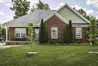 990 Tecumseh Dr SHEPHERDSVILLE Three BR, This house could be a