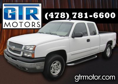 2003 Chevrolet Silverado 1500 Base (White)