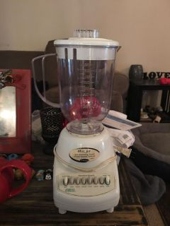 Blender - ppu (near old chemstrand & 29) or PU @ the Marcus Pointe Thrift Store (on W st)