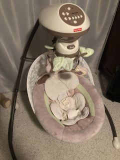 Like new fisher price snug a bunny swing. Swings side to side or back and forth! Music and mobile rotation. Plugs in, too!!