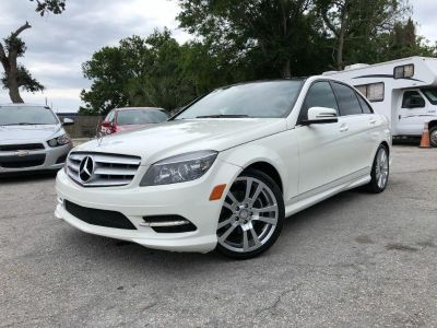 2011 Mercedes-Benz C-Class C300 Luxury (White)