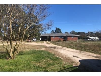 2 Bed 1 Bath Preforeclosure Property in Louisburg, NC 27549 - Joe Denton Rd