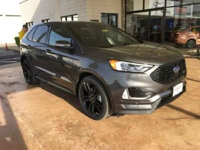New 2019 Ford Edge 4dr AWD